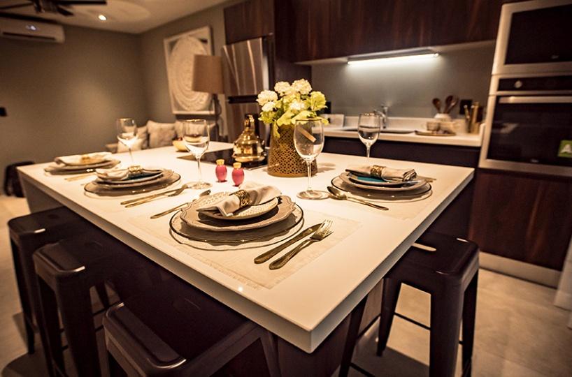 Dining room condo